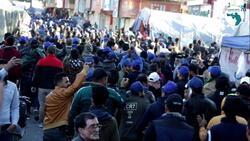 """اعداد كبيرة من """"القبعات الزرق"""" تنسحب من ساحة التحرير ببغداد"""