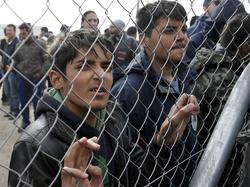 عشرات العراقيين المحتجزين بالمعتقلات التركية يستنجدون لاطلاق سراحهم