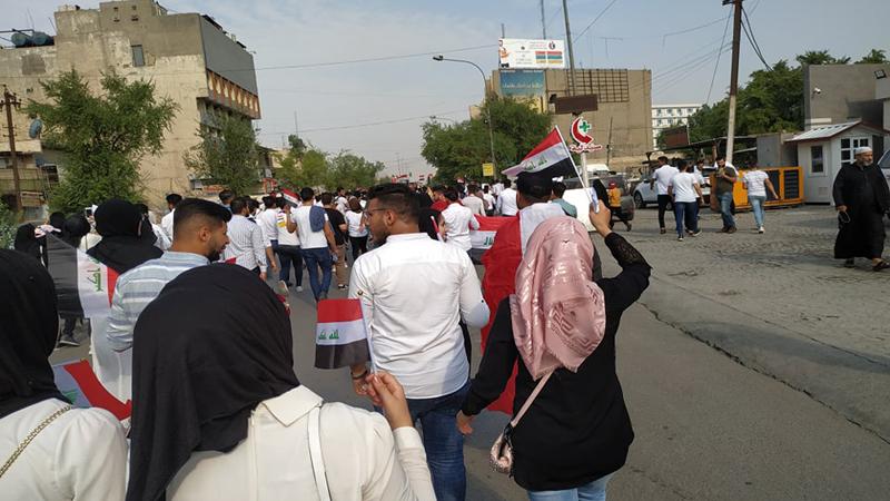 الدفاع تصدر توضيحاً بشأن الاعتداء على المتظاهرات