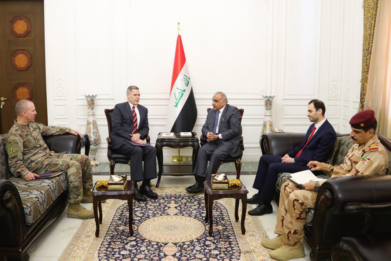عبد المهدي يجري مباحثات عسكرية مع وفد امريكي